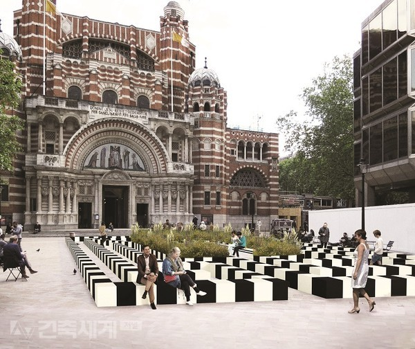 Life Labyrinth by PATTERNITY at Westminster Cathedral Piazza