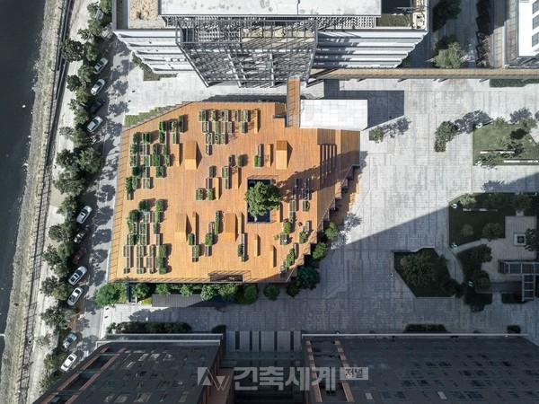 MOZHAO ARCHITECTS, 'Zishe•Planting Pavilion and Planting Terrace', Shenzhen, China
